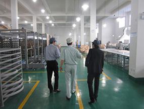 某日本化工企业客户来厂视察